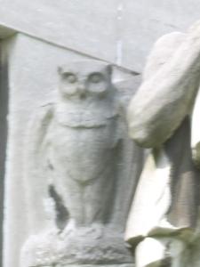 An owl at the Palais du Centenaire - Eeuwfeestpaleis